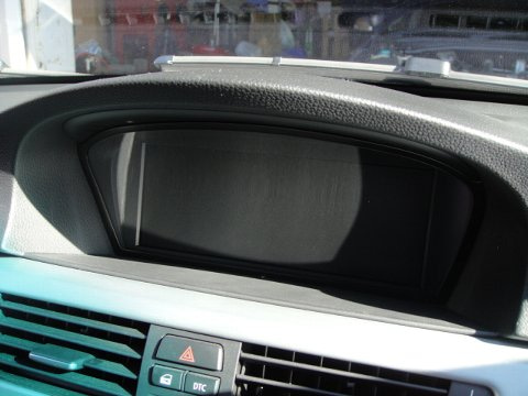 E90 iDrive 画面真っ暗