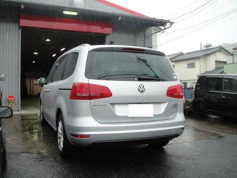 VWシャラン フリップダウンモニター取り付け作業