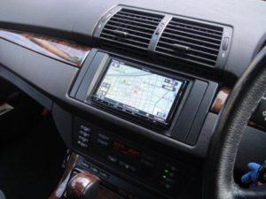 BMW E53 ストラーダナビ設置