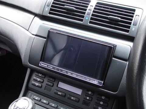 BMW M3 社外2DINナビ設置作業