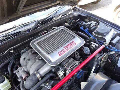 フロンガスのFC3S エアコン修理作業